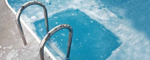 PROTECT YOUR POOL AGAINST FROST